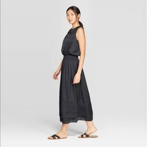 Sleeveless V-Neck Smocking Maxi Dress - Prologue™